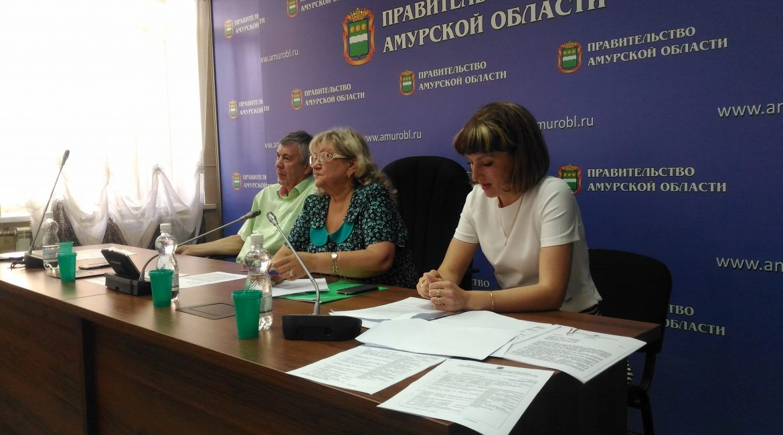 Министр здравоохранения принял участие в Общественном совете по защите прав пациентов