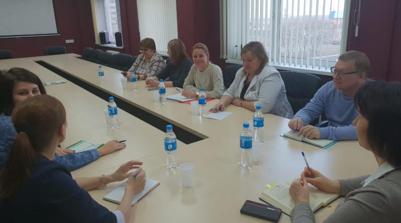 Министерство здравоохранения организовало круглый стол по вопросам медицинской помощи больным сахарным диабетом.