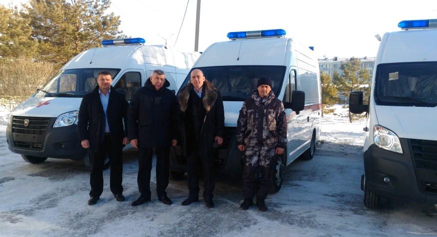 Три районных больницы получили новые автомобили «скорой помощи»