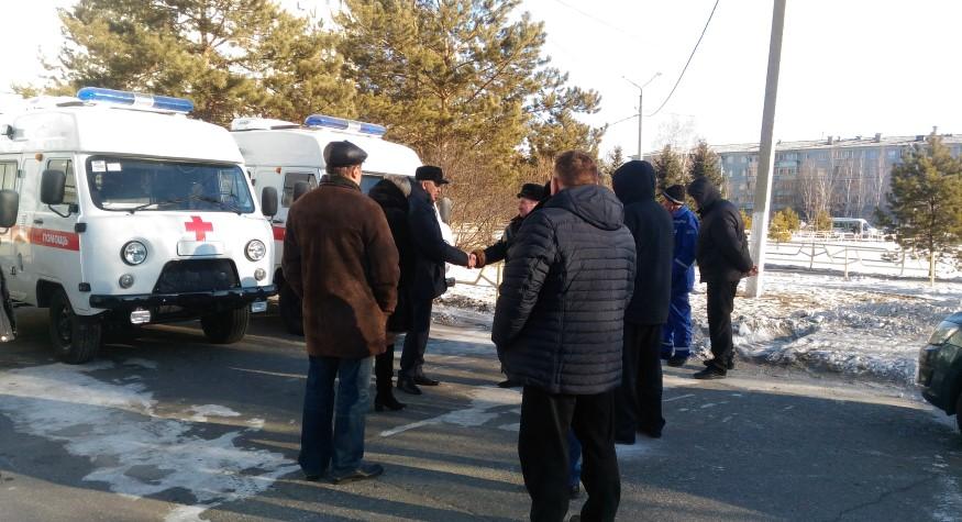 Сегодня Серышевская и Зейская больницы, а также поликлиника Благовещенского района пополнили свои автопарки новой техникой