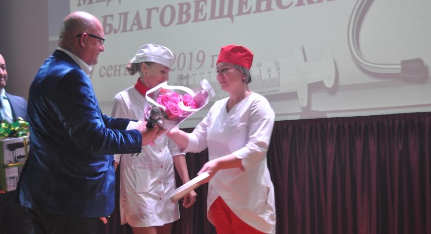 Стали известны имена лучших медсестер Благовещенска