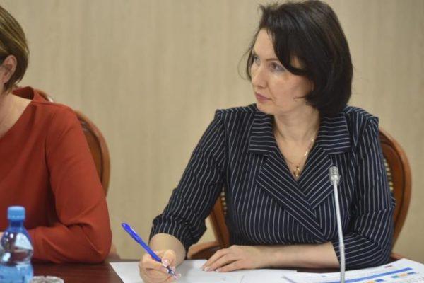 Министр здравоохранения Евгения Жарновникова доложила губернатору о ходе выполнения мероприятий по замене ФАПов в населенных пунктах региона