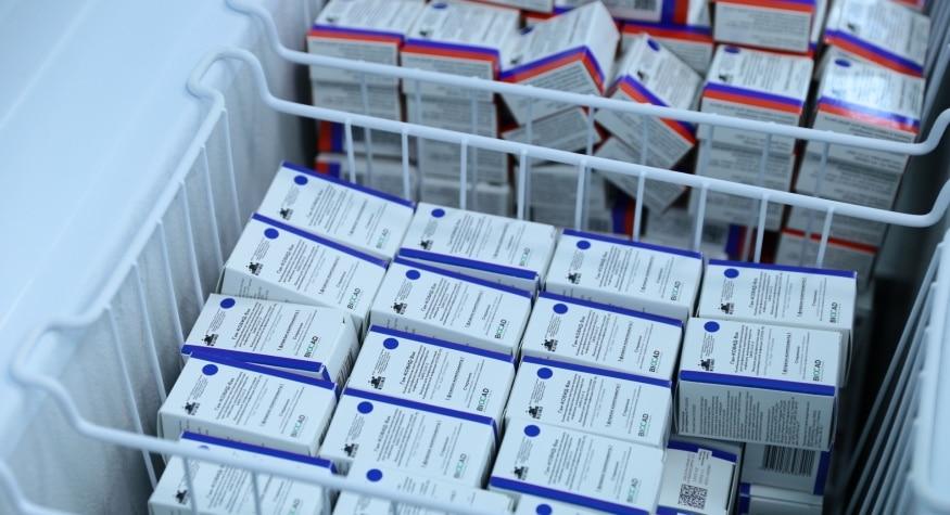 В Приамурье поступила очередная крупная партия вакцины